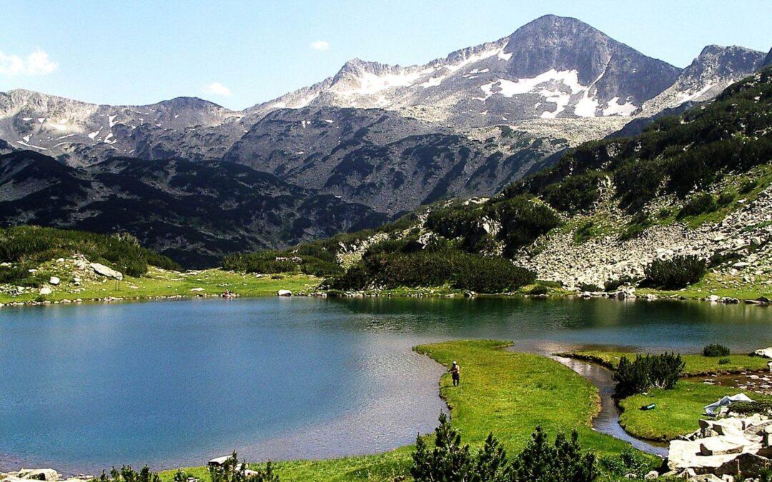 """Активна почивка с 2 планински прехода в хотел """"3 Планини"""""""
